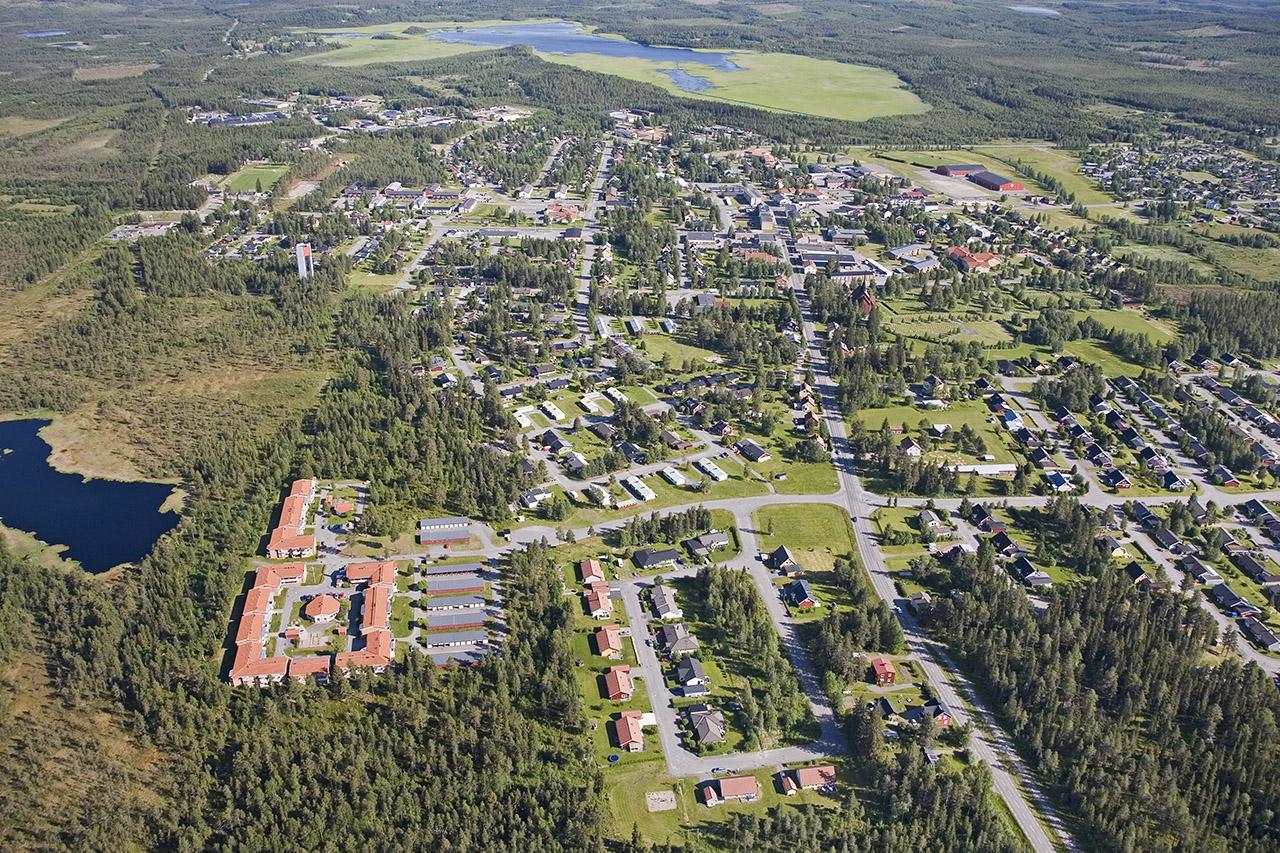 Flygfoto, Norsjö   © 2006, Lars Bygdemark, www.bygdemark.com